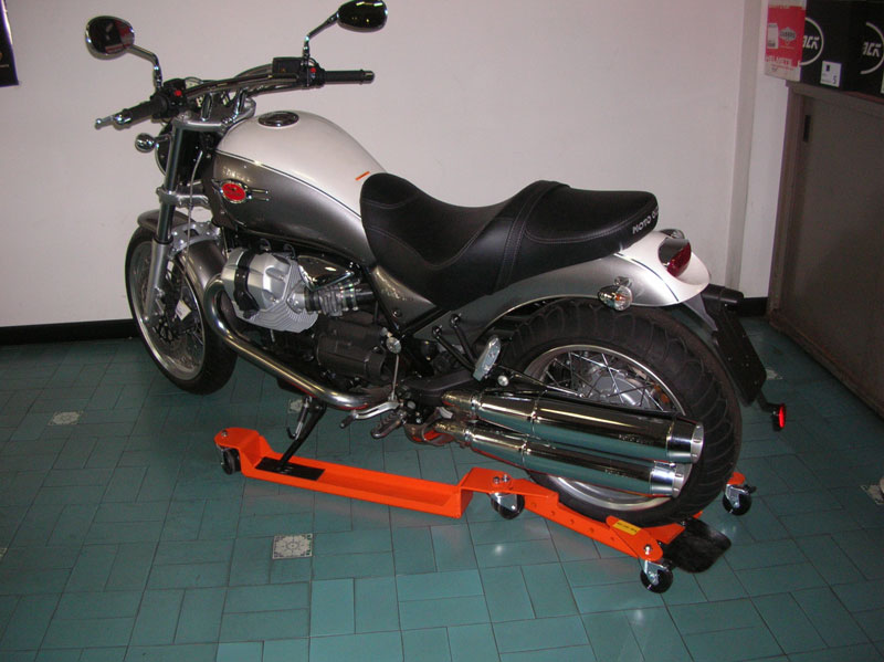 Easy-P-2-Guzzi-Bellagio-02